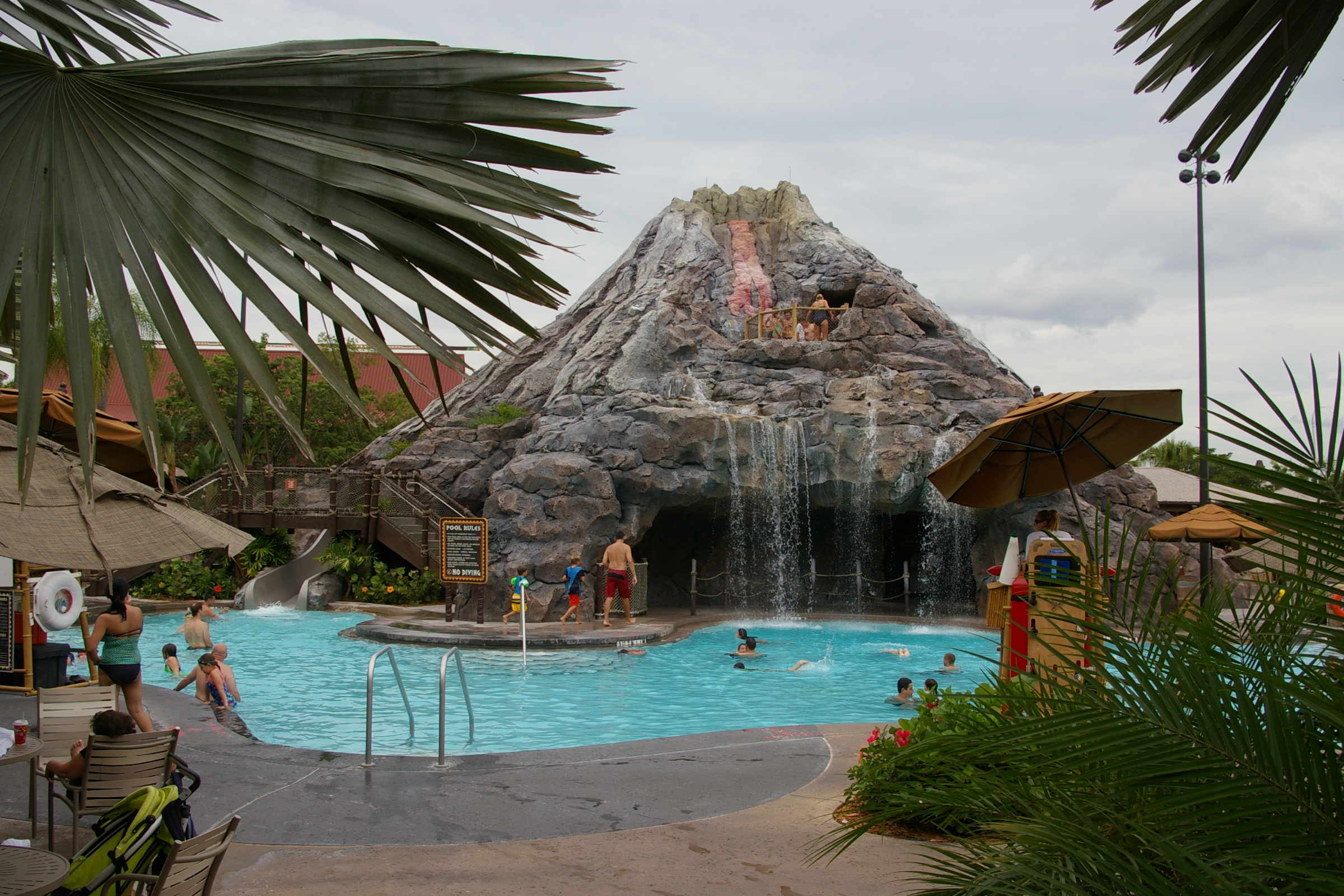 Pools Waterslides Disney S Monorail Hotels The Polynesian